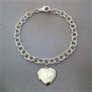 Jumbo Heart Locket Bracelet