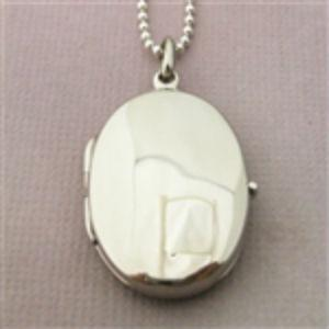 Oval Locket_smooth
